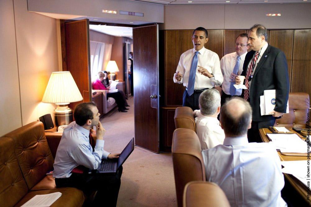 Один из кабинетов личного самолёта Барака Обамы.jpg