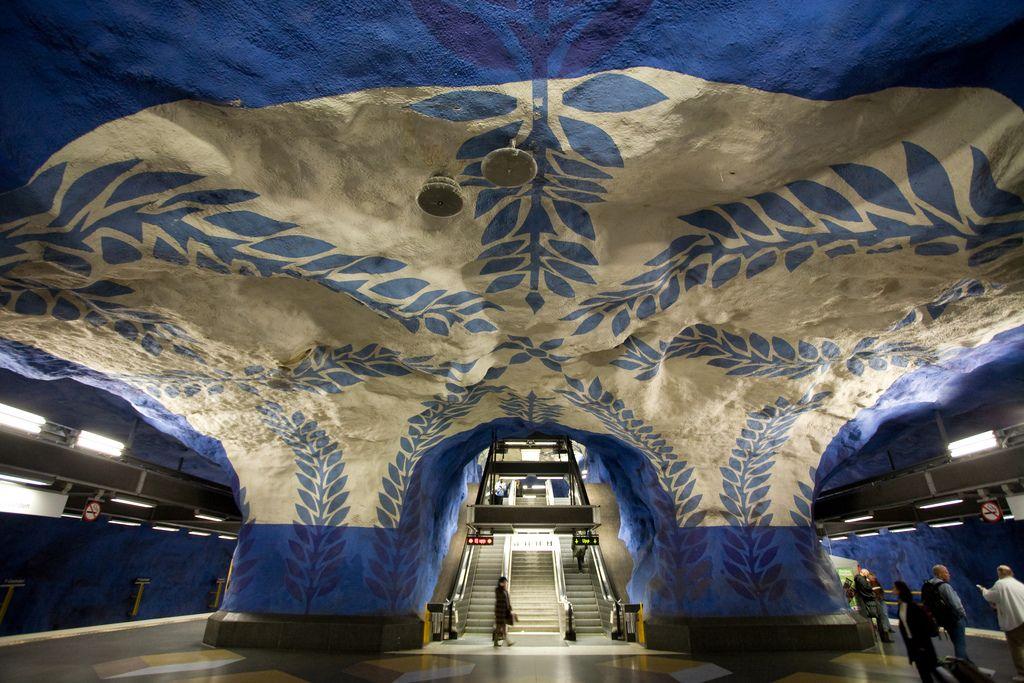 Станция метро T-Centralen, Стокгольм.jpeg