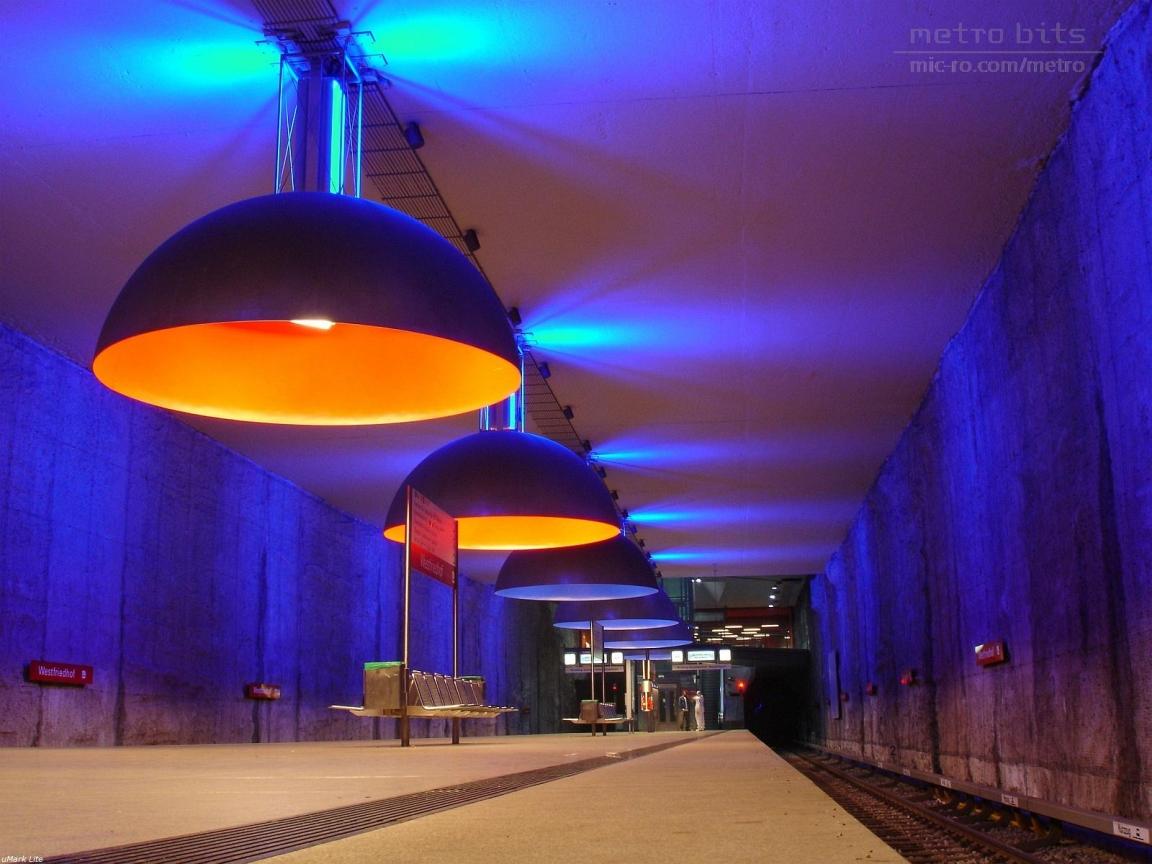 Станция метро Westfriedhof, Мюнхен.jpg