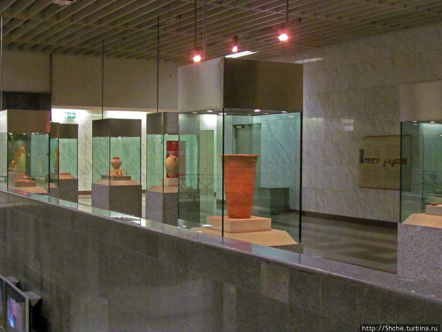 Станция метро Sintagma, Афины.jpg