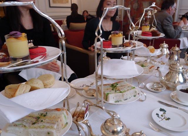 Лучшее место для чая в полдень - отель Browns Hotel, Mayfair.jpg
