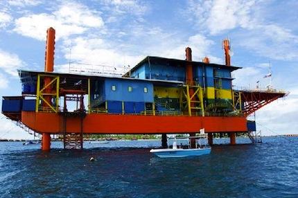 Seaventures Rig Resort.jpg