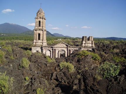 San Juan Parangaricutiro.jpg