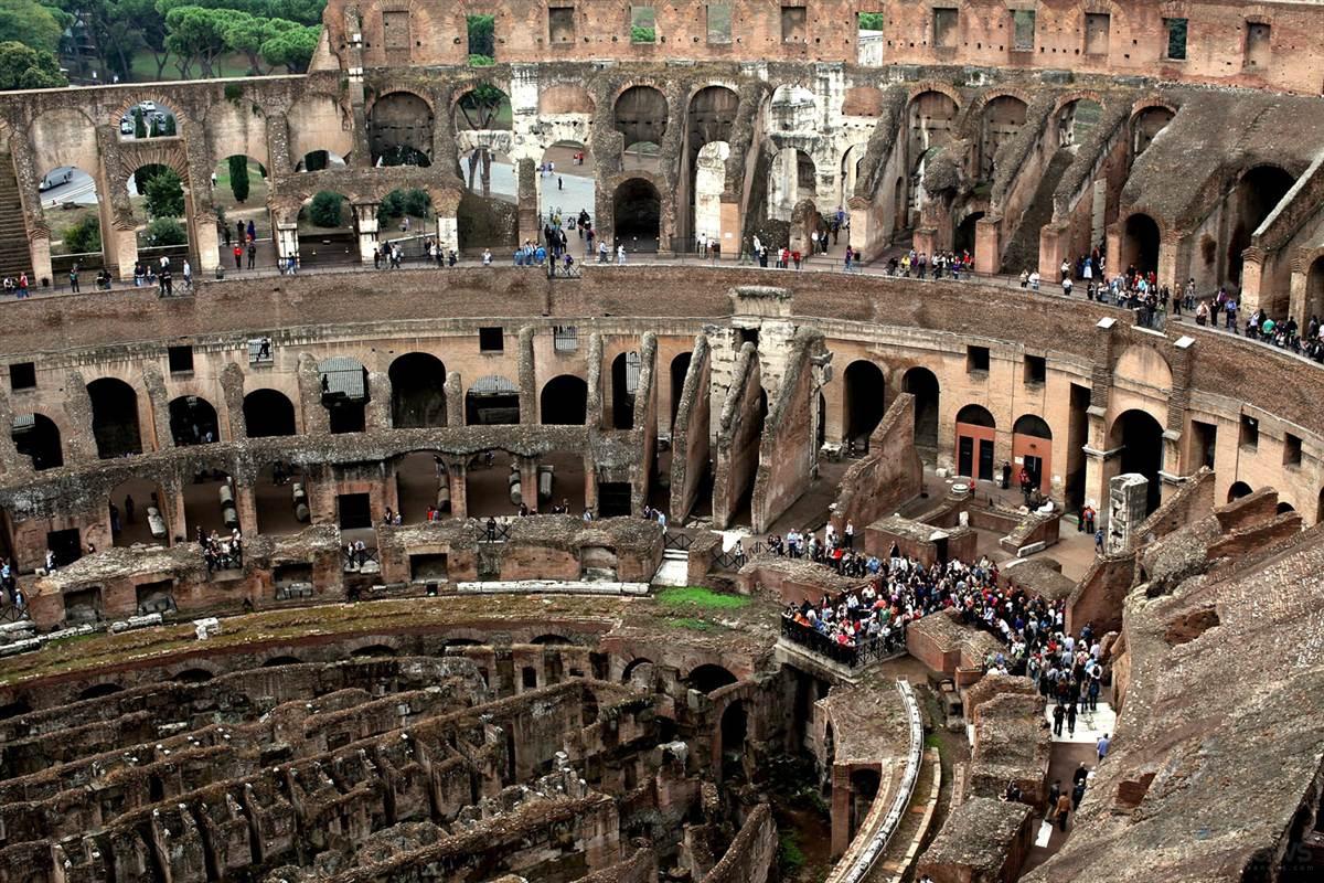 Римский Колизей.jpg