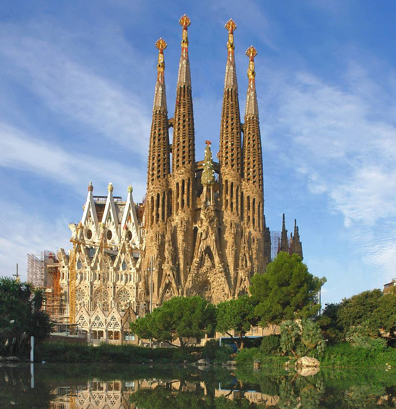 собор Святого Семейства, Барселона .jpg