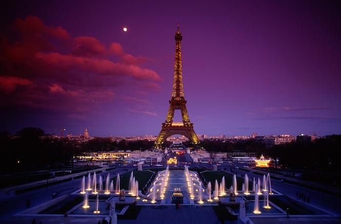 16. Эйфелева башня.jpg