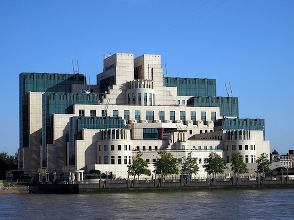 3. штаб-квартира секретной службы MI-6.jpg