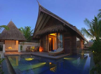 Отель Jumeirah Vittaveli, Мальдивы.jpg