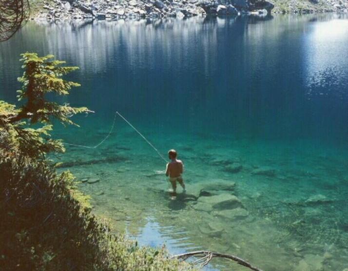 Рыбалка для нудистов - Lake Tekapo.jpg