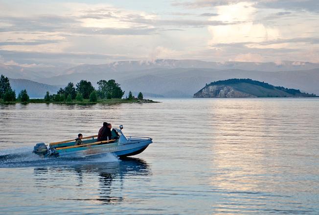 Чивыркуйский залив.jpg