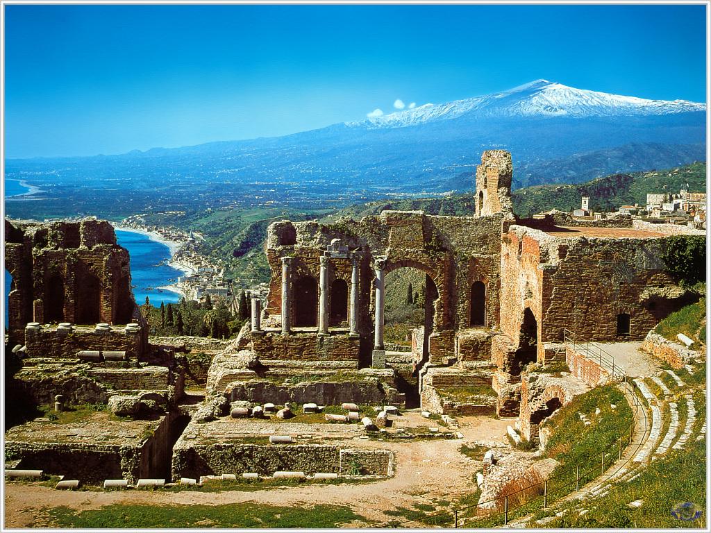 Античный театр – главная достопримечательность Таормины.jpg
