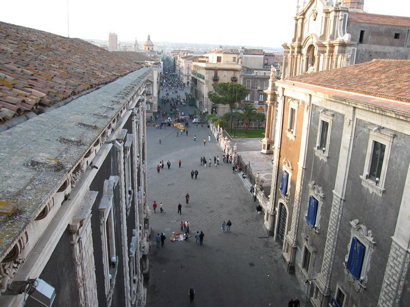 Главная улица Катании (виа Этнеа).jpg