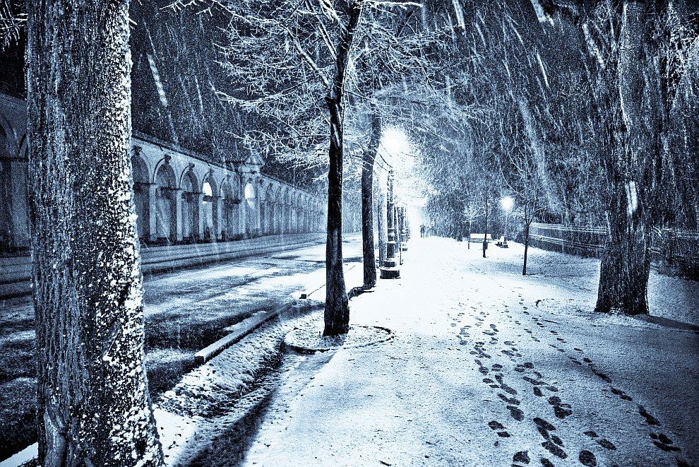 Снегопад в рождественскую ночь в городе Виченца.jpg