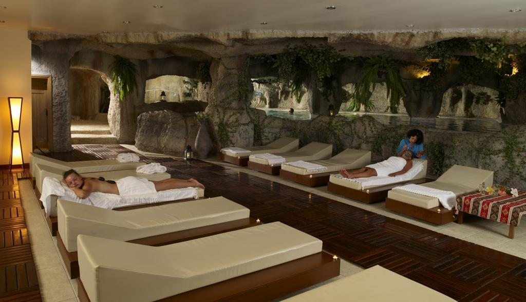 Массажный кабинет в отеле Marti Myra.jpg