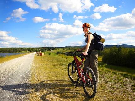 Путешествие вокруг света на велосипеде займет примерно год.jpg