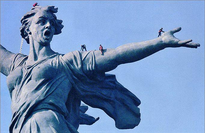 Памятник-ансамбль «Героям Сталинградской битвы».jpg