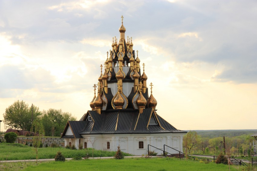 Усть-Медведицкий Спасо-Преображенский монастырь.jpg