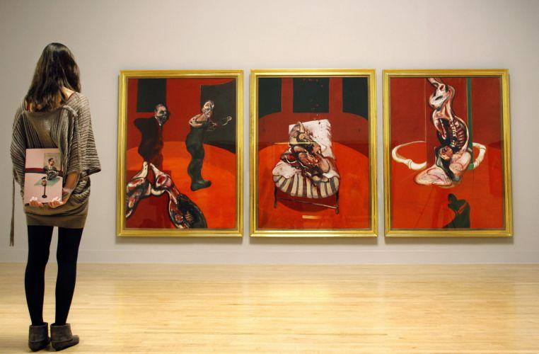 Выставка современного искусства в Мадриде.jpg