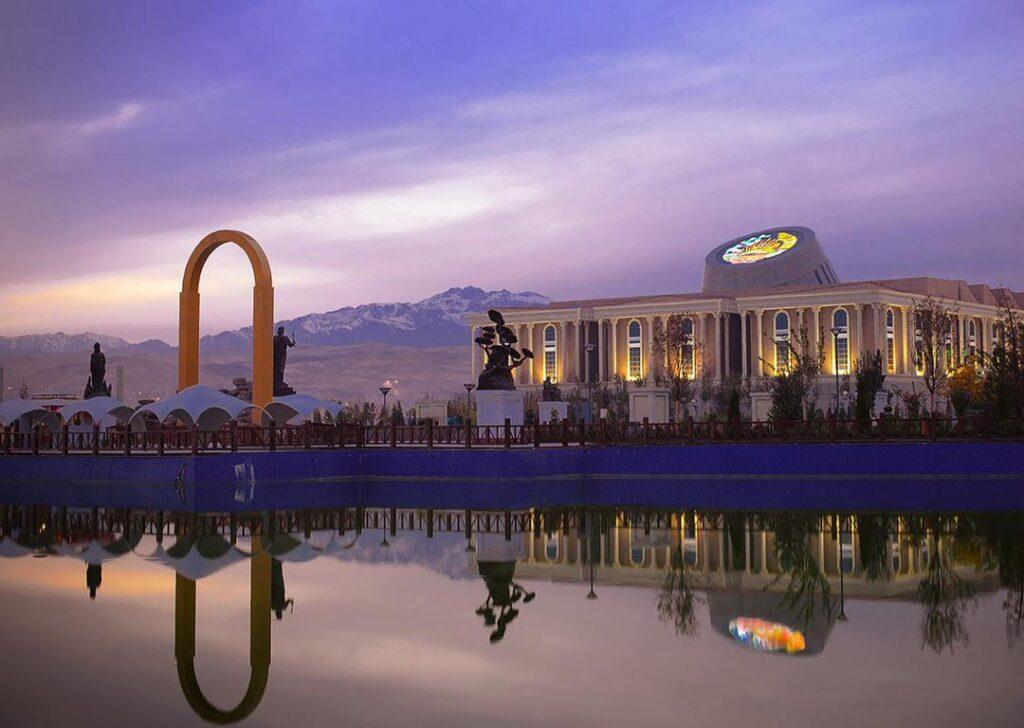 Душанбе – столица и крупнейший город Таджикистана